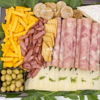 سینی پنیر و ژامبون